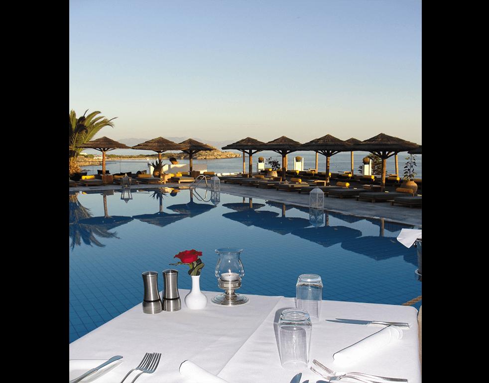 Изборът на хотел може да превърне почивката ви в пълен провал или да ви гарантира супер ваканция. Разполагаме с море от оферти за хотели.