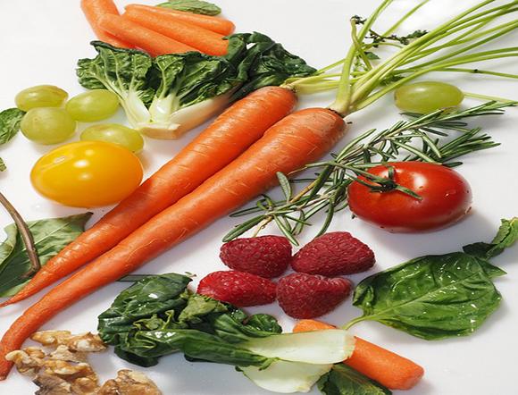 Искате да отслабнете по здравословен начин? Сигурно знаете, че строгите диети и гладът водят до краткотрайни резултати в отслабването.