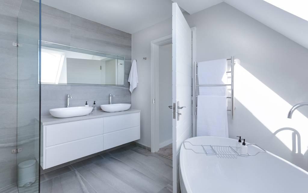 Душ кабини – високотехнологични решения за всяка модерна баня