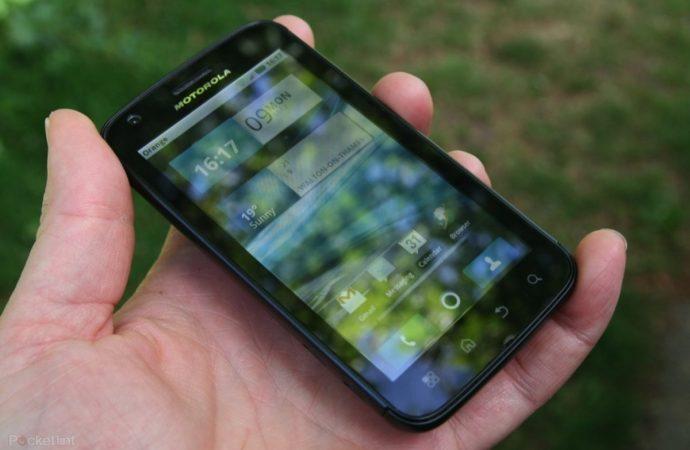 Motorola Atrix 4G – уникален